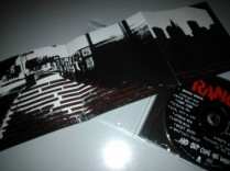 Rancid - ...And Out Come The Wolves - Booklet and CD